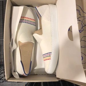 White rainbow size 4 kids